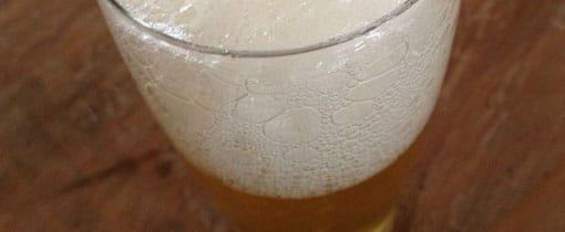 Genieten van een biertje. Brouwerij tour in Enschede