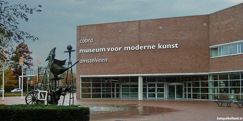 Het Cobra museum in Amstelveen