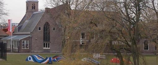 Het Dolhuys achter het station in Haarlem