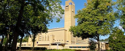 Raadhuis van Hilversum. Onbetwist de nummer 1 van de Dudok Top 10