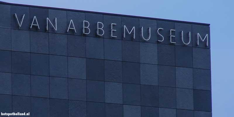 Het Van Abbemuseum in Eindhoven