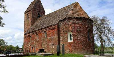Middeleeuwse kerkjes in Groningen