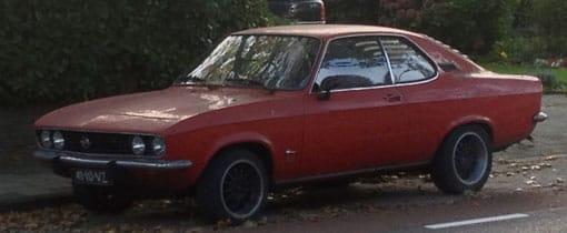 De Opel Corsa was ooit een bekende verschijning in het dagelijkse straatbeeld. Inmiddels is het een klassieker