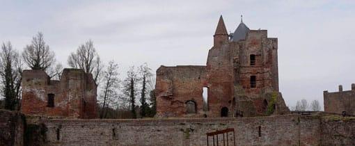 De ruine van het kasteel Van Brederode