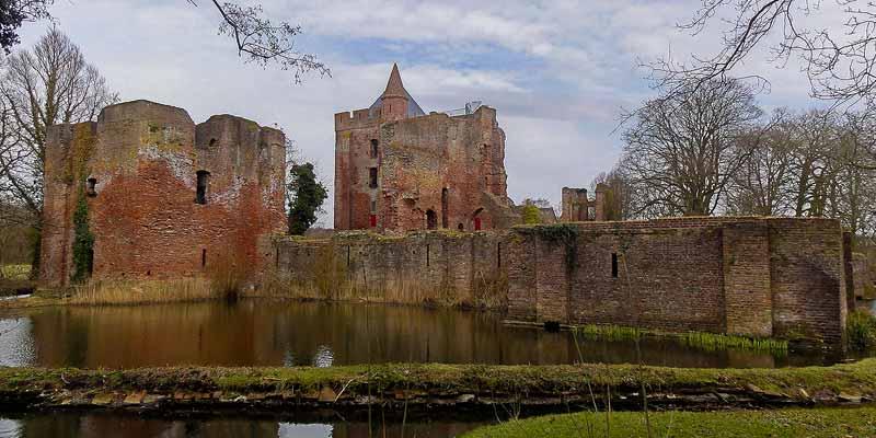 De ruïne van het kasteel Van Brederode