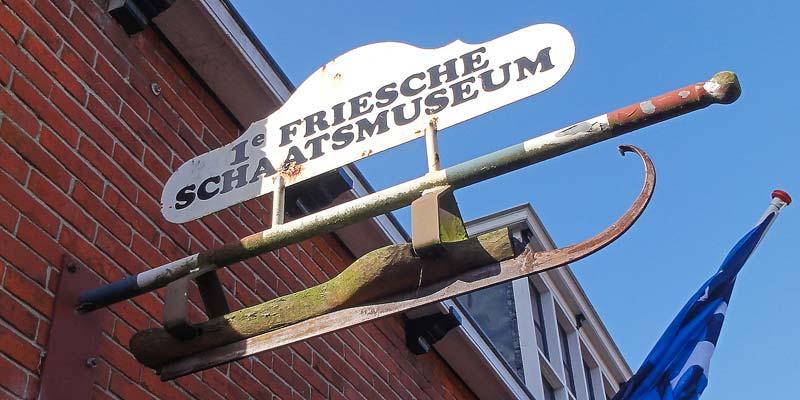 Het Schaatsmuseum in het historische centrum van Hindeloopen