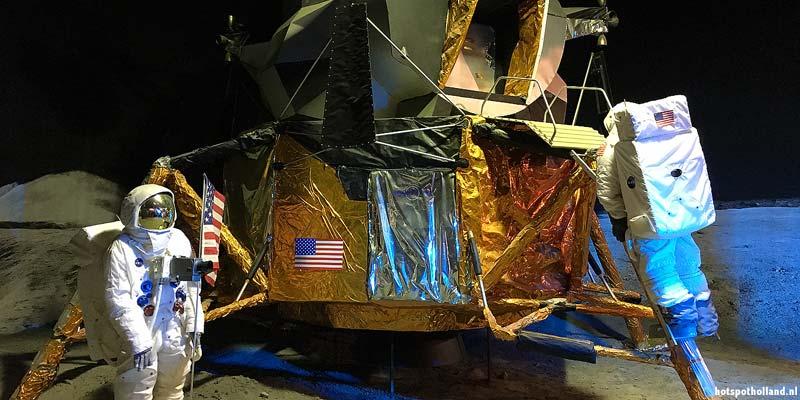 Maanlander in de Space Expo