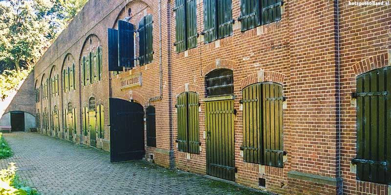 Het binnenterrein van Fort Abcoude