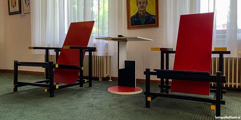 Welke stoel is de echte Rietveld?