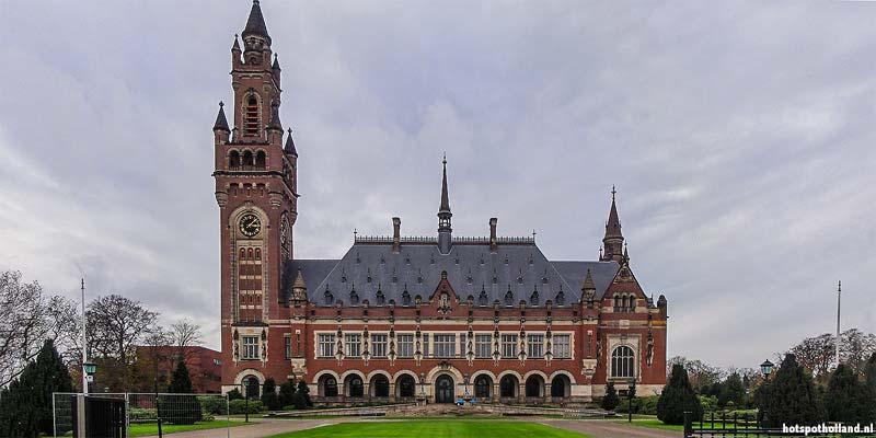 Het Vredespaleis in Den Haag