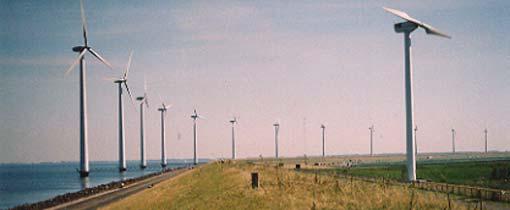 Windmolens in Flevoland langs de A6 bij de Ketelbrug